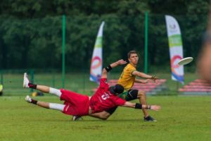 backhand - ultimate frisbee